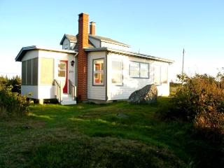 Beautiful Ocean Side Cottage - South Nova Scotia - Lockeport vacation rentals