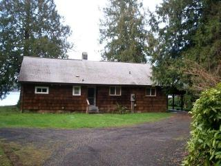 Lake Side Retreat - Hoodsport vacation rentals