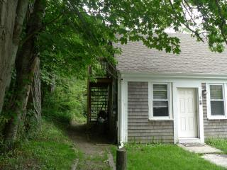 Affordable 2nd Floor Condo in Orlleans Center - Brewster vacation rentals