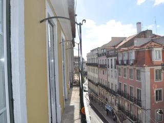 Living History in luxury central apartment - Lisbon vacation rentals