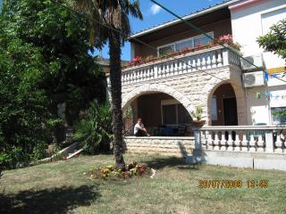Villa with exotical garden.Down town.View on roofs - Pula vacation rentals