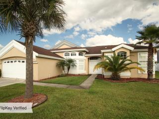 Disney Vacation Home *Free Internet * Large Pool * - Kissimmee vacation rentals