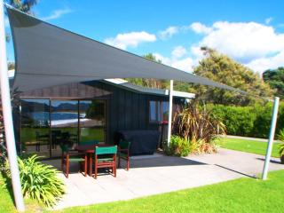 Ocean View Cottage Hot Water Beach New Zealand - Whitianga vacation rentals