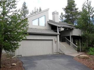 Mtn Furnishings-Centrally Located-Great Room-Wifi - Sunriver vacation rentals