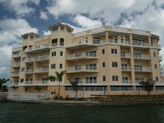 All Rooms Waterfront, Incredible Views Day & Night - Clearwater Beach vacation rentals