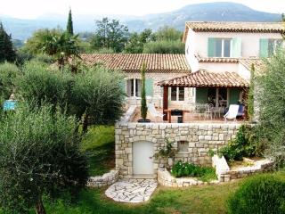French Riviera charming villa with pool & tennis - Tourrettes-sur-Loup vacation rentals