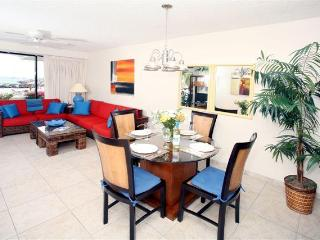 Royal Palm Beach Luxurious Beachfront Unit.2BR/2BA - Simpson Bay vacation rentals