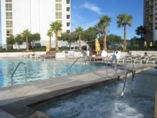 Las Vegas, 2min from the Strip, 5-star condo - Beverly Hills vacation rentals