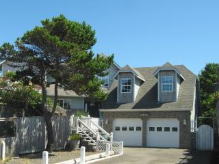 "ANCHOR POINT is ""home""  at the beach! - Lincoln City vacation rentals"