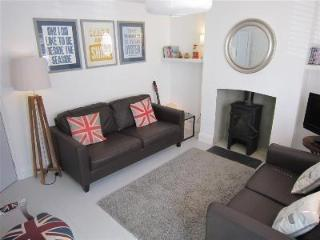 Castaway Cottage - as Featured in The Independent - Whitstable vacation rentals