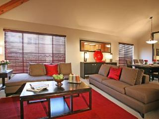 Hollywood Canyon Luxury Fully Furnished Townhouse - Los Angeles vacation rentals