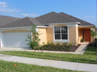 4 Bedroom Villa with S/F POOL and GAMES ROOM - Haines City vacation rentals