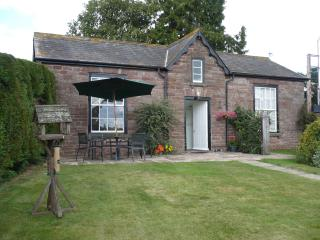 Garden Cottage set on farm near Ross on Wye - Ross-on-Wye vacation rentals