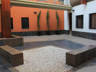 Bellas Artes, exquisite apartment, 3Bdr, sleep 4, WiFi - Seville vacation rentals