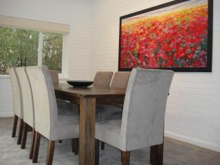 Waterlily - Tranquil House near Manly - Manly vacation rentals