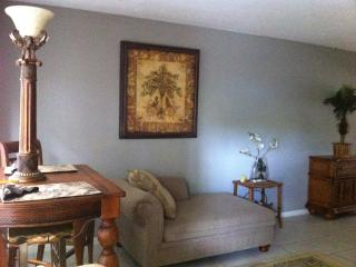 $99 Night!!! charming Victoria Park Full Furnish - Fort Lauderdale vacation rentals