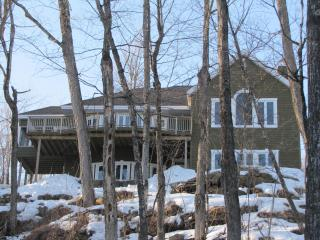 Spacious lakefront property in a private estate! - Gore Bay vacation rentals