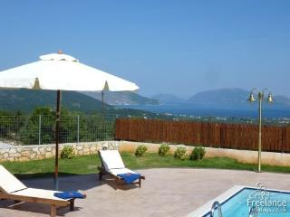 Villa Nireaus - World vacation rentals