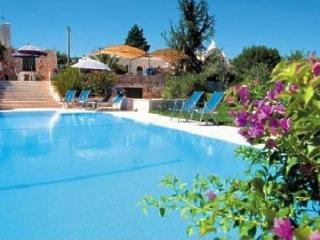 Comfortable Villa with pool idyllically situated - Cisternino vacation rentals
