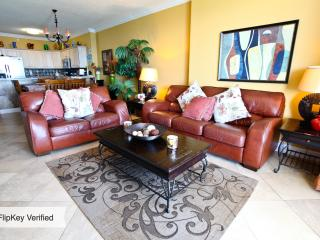 LUXURIOUS GULFFRONT ALL INCLUSIVE BEACH SERVICES INCLUDED! - Panama City Beach vacation rentals
