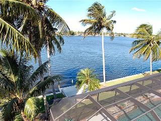 **The Best Florida Vacation Fun** Waterfront/Pool, - Cape Coral vacation rentals