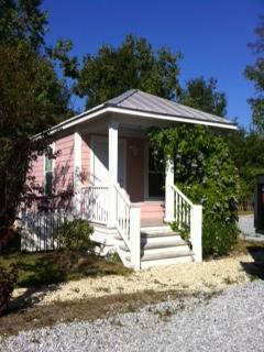 Exterior Cottage View - Furnished Cottage Near Beach MS Gulf Coast - Ocean Springs - rentals
