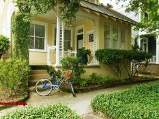 1083: Gingerbread Cottage - Savannah vacation rentals