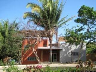Private Luxury Beach Front Villa in Palmetto Bay - Roatan vacation rentals