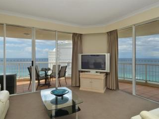 Highest and Best 3 bedroom in Moroccan BEACHFRONT - Surfers Paradise vacation rentals