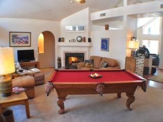 3 BR/2 BA , relaxing house with Hot Tub, Pool - Flagstaff vacation rentals