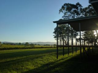 Blackwattle Luxury Vineyard Retreat - Hunter Valley vacation rentals