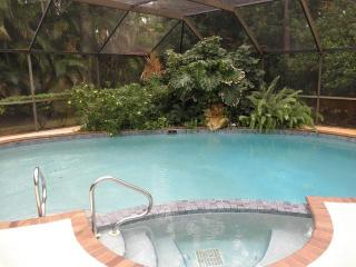 4 bedroom - private pool - gated community - Naples vacation rentals