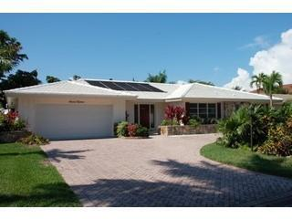 Close to beach - Single Family Home - Pool - Naples vacation rentals
