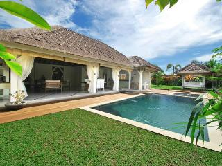 Book Now and Get 10% Off until March'13 - Canggu vacation rentals