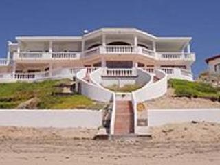 Back of the house, a few steps to the beach - Beach Front Las Conchas Rocky Point Mexico - Rocky Point - rentals