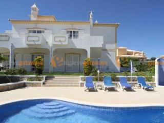 Superb Villa near beach with stunning views & pool - Albufeira vacation rentals