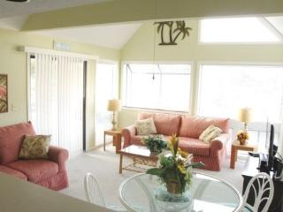 Awesome Condo - One Block to the Beach! Ocean Views - Myrtle Beach vacation rentals