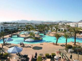 Hilton Sharm Dreams Resort  2 Bedroom sleeps 6 - El Gouna vacation rentals