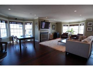 Sumner - 3bed/2bath condo walkable to the subway! - Boston vacation rentals