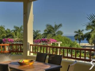 Ocean View Luxury 2 bed condo, Huatulco Mexico - Huatulco vacation rentals
