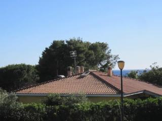 Zafferano, Cottage, shared garden and pool - Pula vacation rentals