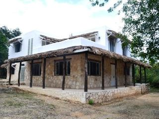 Peaceful Villa Tony, for rent in Mayan Riviera - Akumal vacation rentals