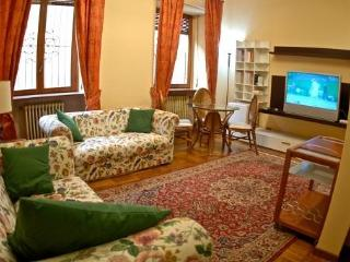 Cagliari, luxury apartment with every comfort - Pula vacation rentals