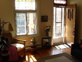 Beautiful home on a quiet street - Montreal vacation rentals