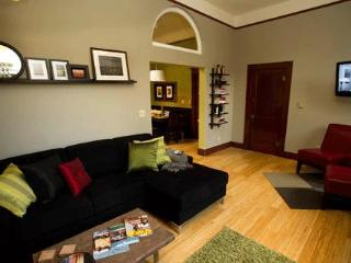 3rd Street Flats, The 2nd Flat: Olio e Aceto - McMinnville vacation rentals