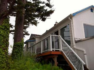2 Bedroom, 1 Bathroom Cottage, sleeps 6 - Netarts vacation rentals