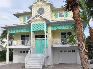 Chic Luxury Waterfront Home-Dock-Pool-Beach - Anna Maria Island vacation rentals
