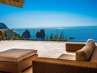 Elegant Villa in Capri with sea view on Faraglioni - Capri vacation rentals