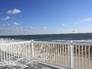 4 Bdrm + Loft Oceanfront Townhouse - Ocean City vacation rentals