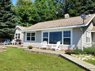 Edgewater Beach Cottage - Saugatuck vacation rentals